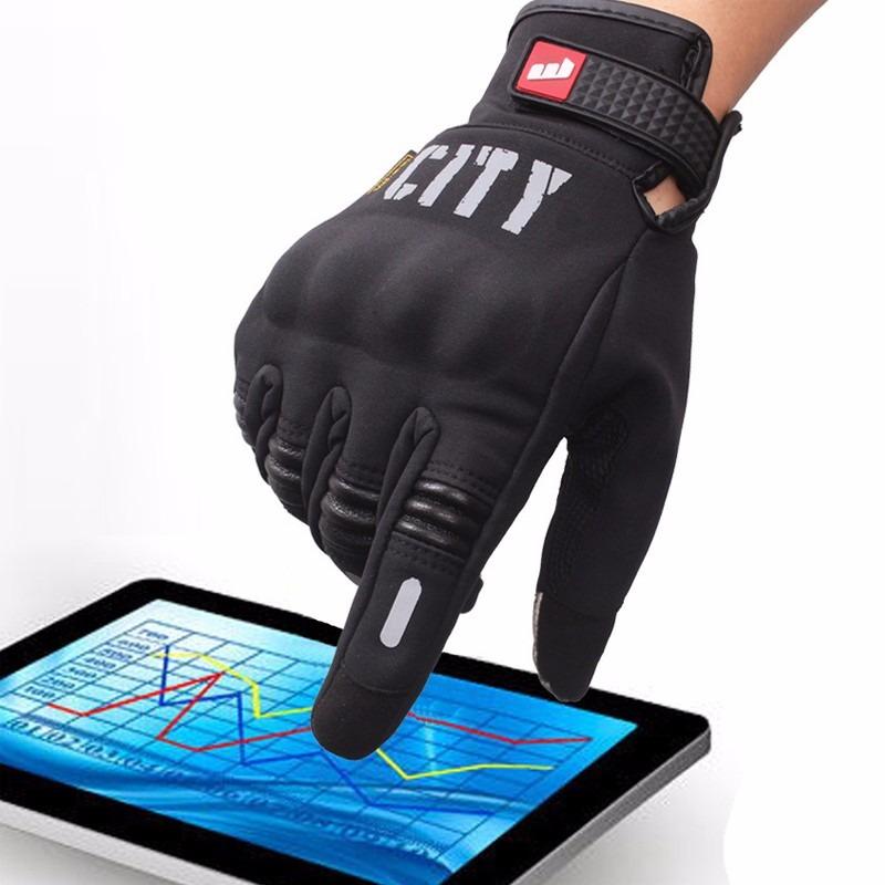 con algunos guantes se pueden manipular dispositivos táctiles
